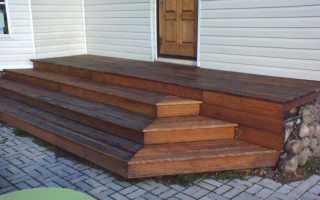 Уличные деревянные и металлические лестницы на второй этаж для загородного дома своими руками (фото)