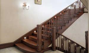 Виды и характеристики дубовых лестниц для дома