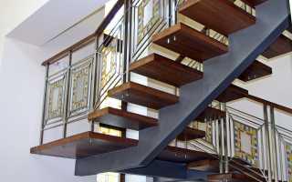 Конструкция лестницы на второй этаж (деревянной и металлической)