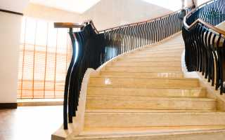 Лестницы из мрамора и гранита: эталон долговечности и стиля