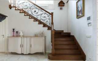 Лестницы из массива дерева: преимущества цельной древесины