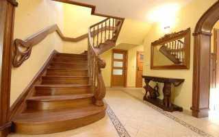 Лестница входная в дом (частный): деревянная и металлическая