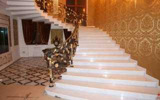 Лестницы для загородного дома (коттеджа) деревянные, фото