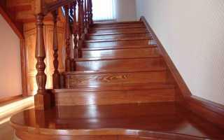 Каким лаком покрыть деревянную лестницу в доме: чем обработать, как правильно произвести отделку