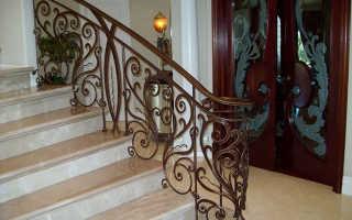 Кованые перила для лестницы в частном доме