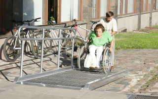 Пандус для инвалидов: виды и конструкции