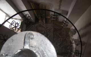 Монтаж лестничных ступеней, площадки, ограждений (перил) из нержавеющей стали и бетона