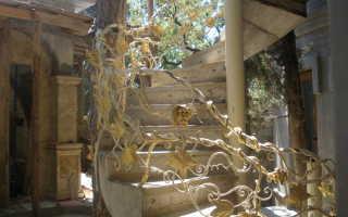 Кованые балясины для лестницы: плюсы и минусы