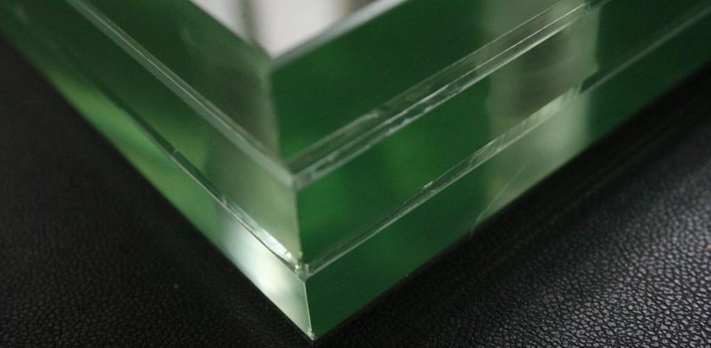 стекло для перил