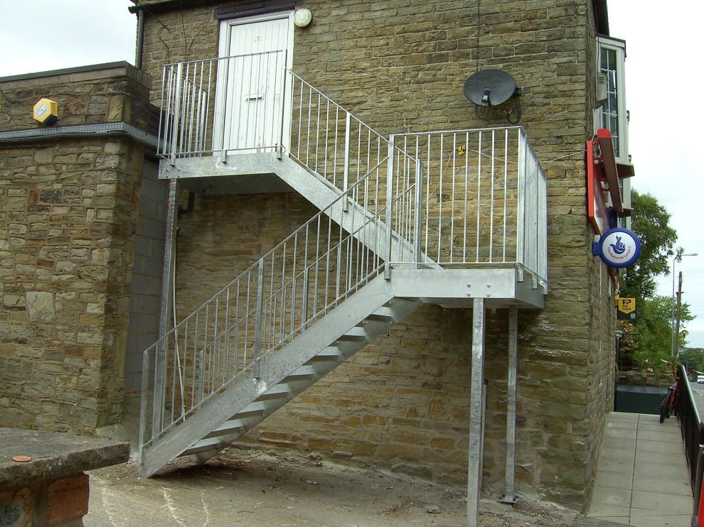 Ограждение эвакуационной лестницы