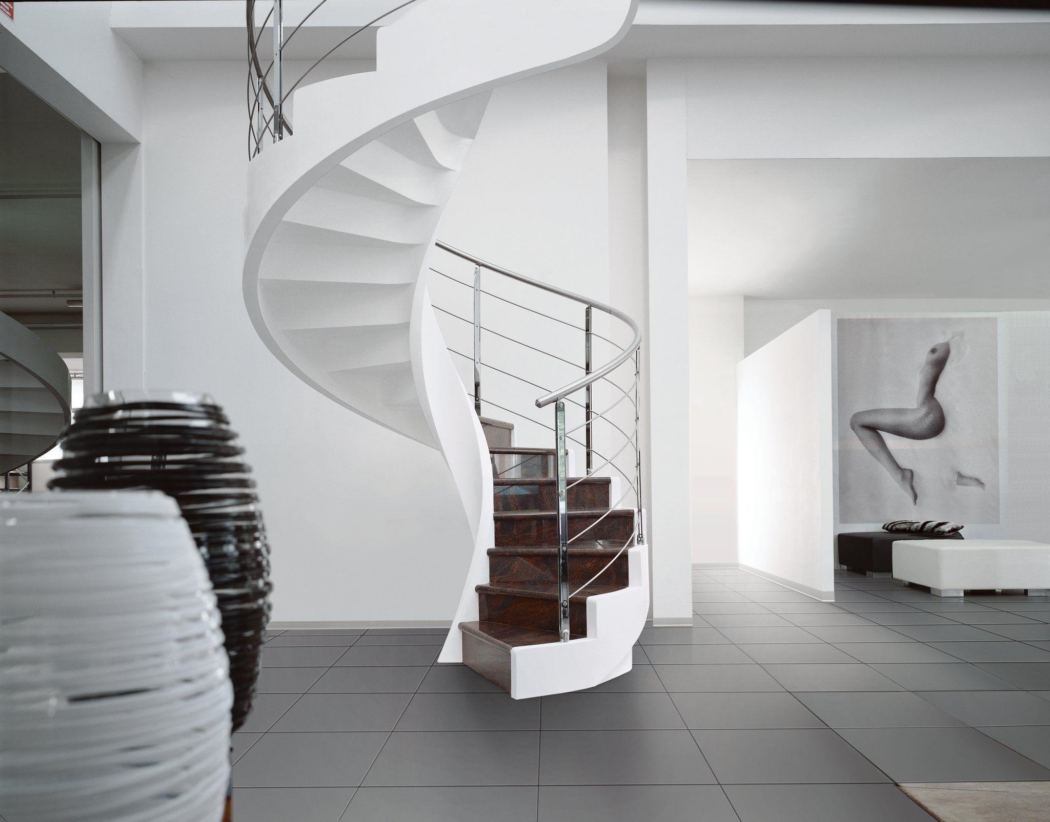 Мраморная лестница: нескончаемая классика роскоши