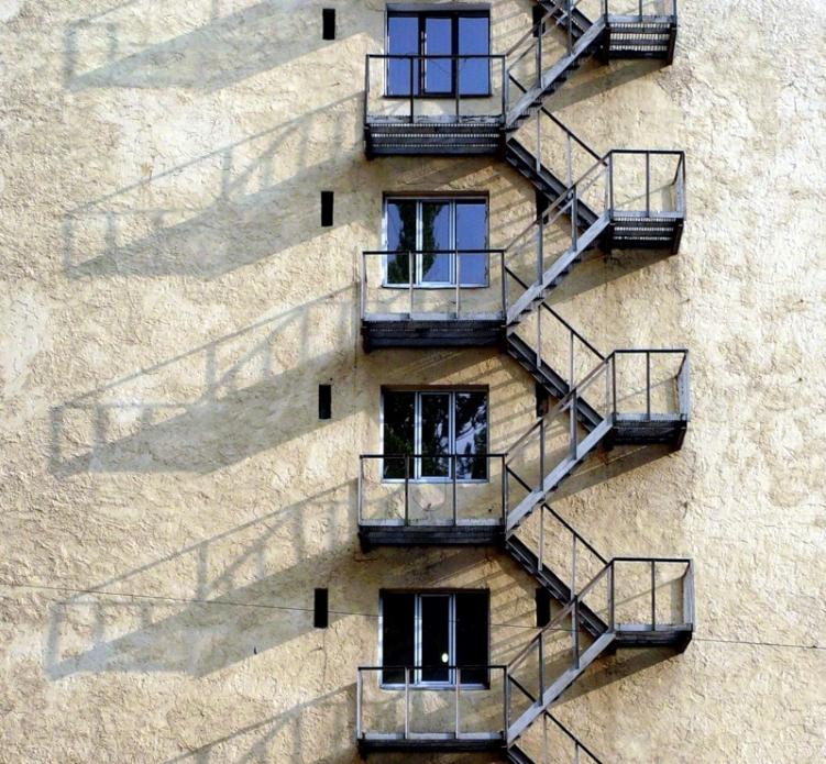 Эвакуационные лестничные клетки