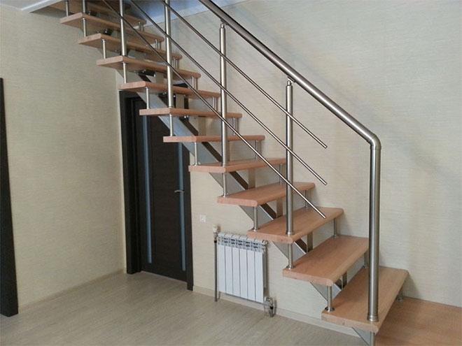 Элементы из дерева для лестницы