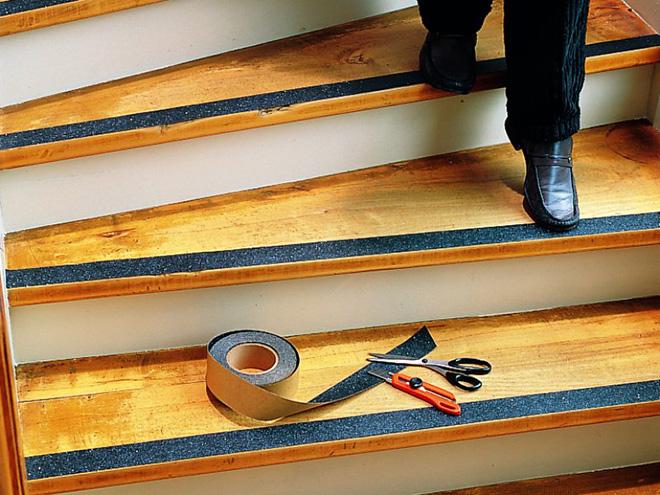Резиновые накладки на ступени