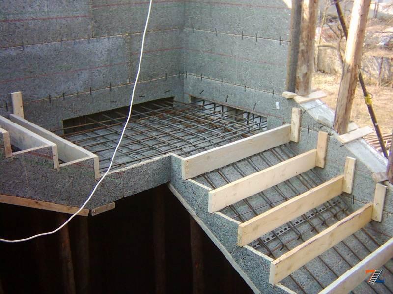 Армирование лестничного марша из бетона