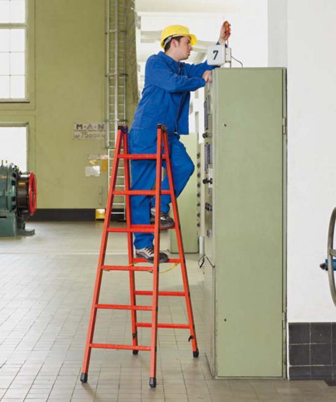 Правила безопасности при работе на стремянках и лестницах