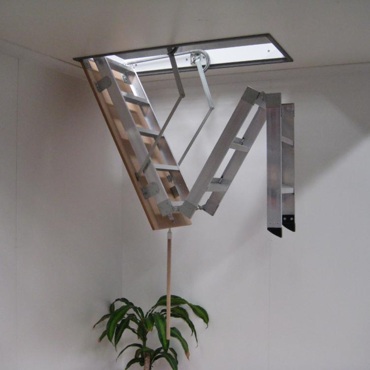 Алюминиевая складная лестница