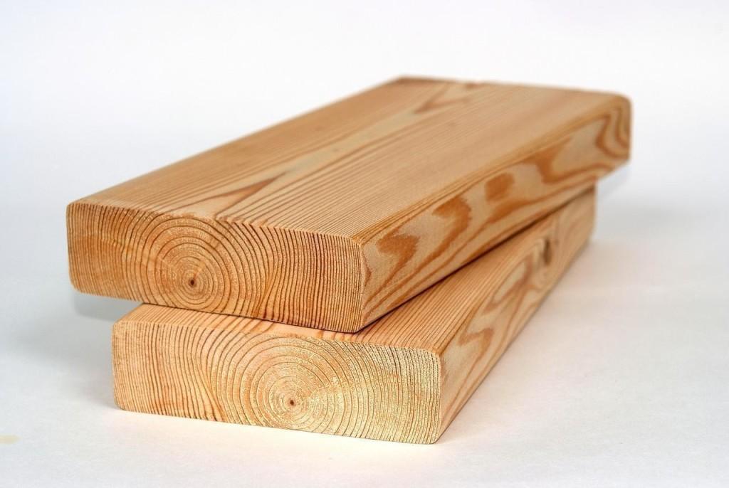 древесина для лестницы