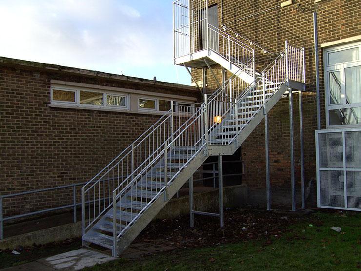 эвакуация_лестница