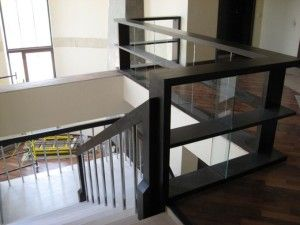 Лаконичность лестницы и балясин – стиль модерн