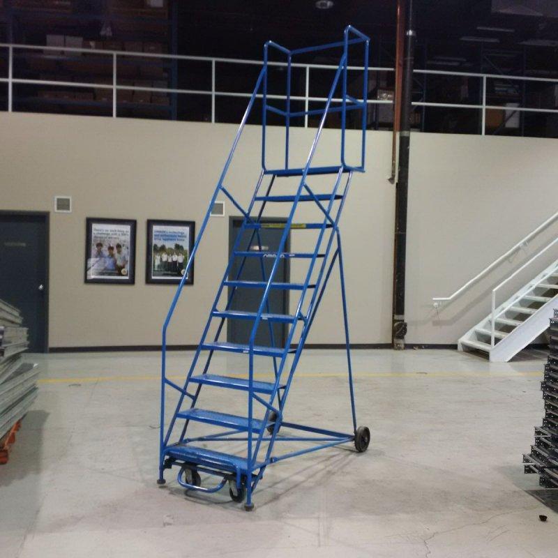 Подкатная лестница