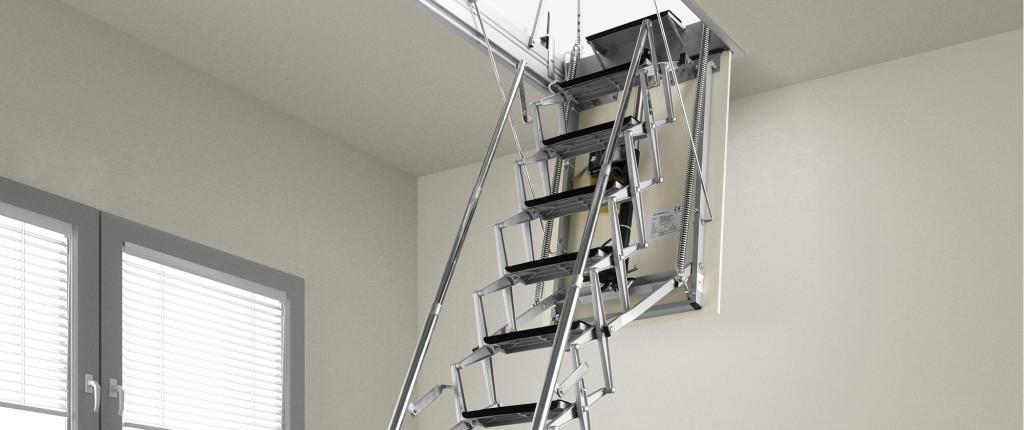 чердачной лестницей