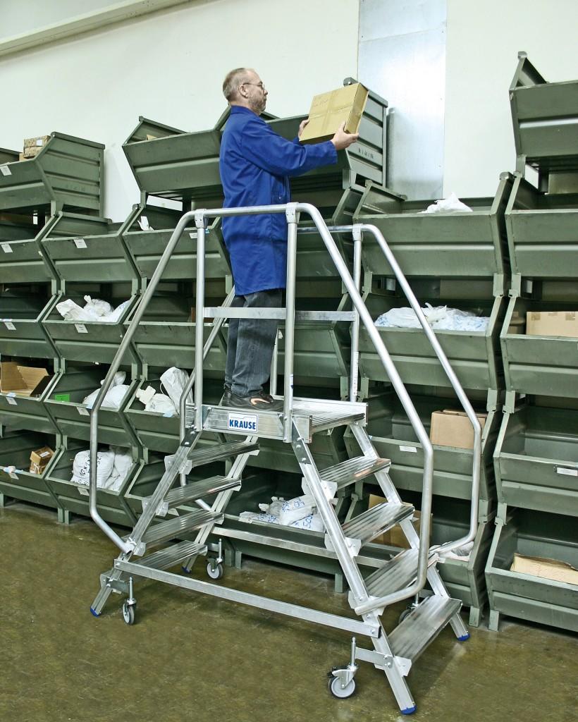 лестница на складе