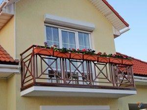 Дизайн ограждений для балконов сделает дом индивидуальным