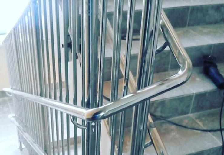 ограждения_лестница_металл