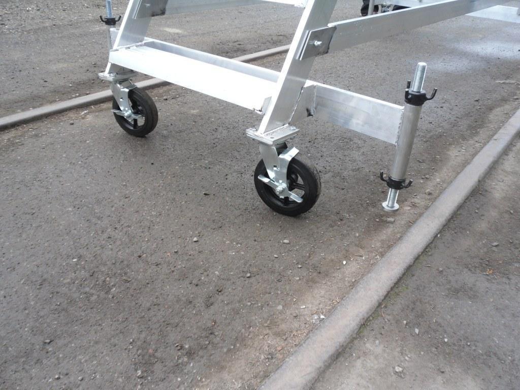 лестница с колесами