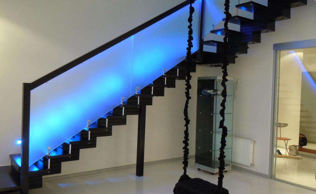 Стеклянные ограждения лестниц