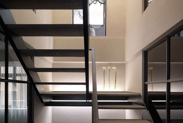 подвал_лестница