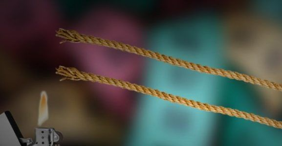 подпалить верёвку