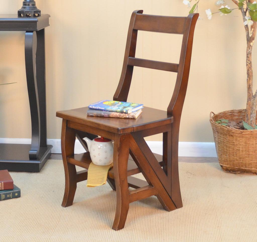 Стул-стремянка в роли стула